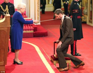 Wiggo shows what a Rebel He Is, by, er...kneeling and bowing  at the Establishment Petting Zoo